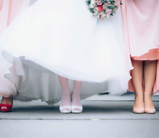 Sukienki na wesele dla puszystych pań