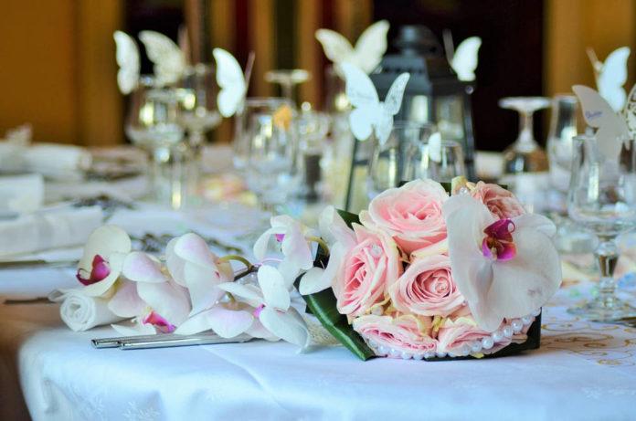Jak się zabrać do spraw związanych z salą weselną?